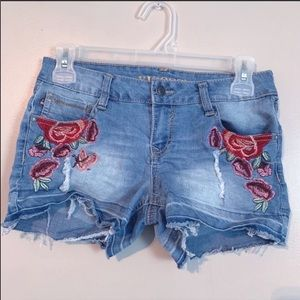 Vigoss | Denim embroidered floral cut off shorts